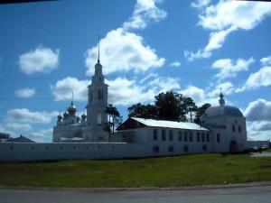 Никола-Тихонов Лухский мужской монастырь