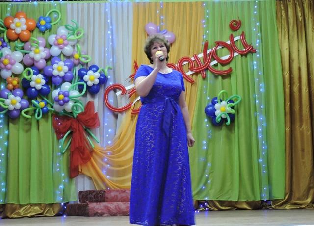 Праздничный концерт в Лухе 8 Марта5