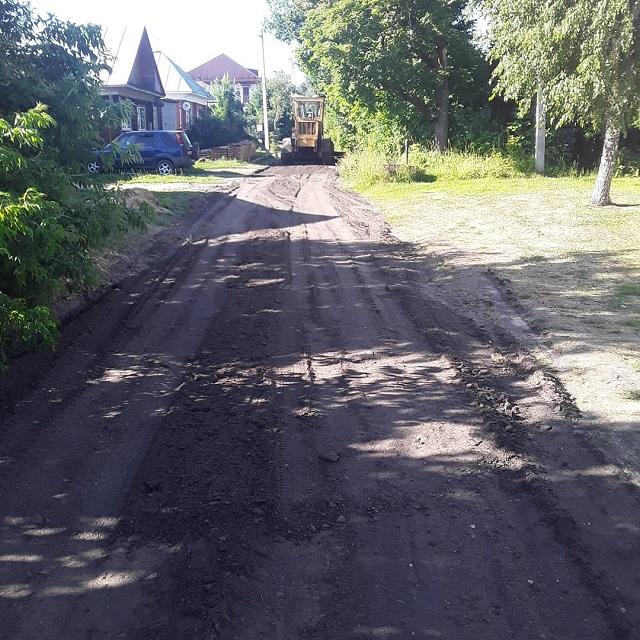 Асфальтовой крошкой выполнили ремонт южной части улицы Комсомольская.